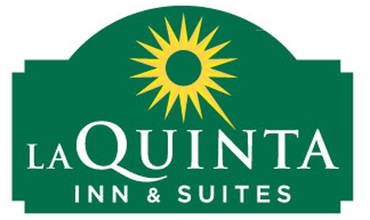 La Quinta Hotel Flags